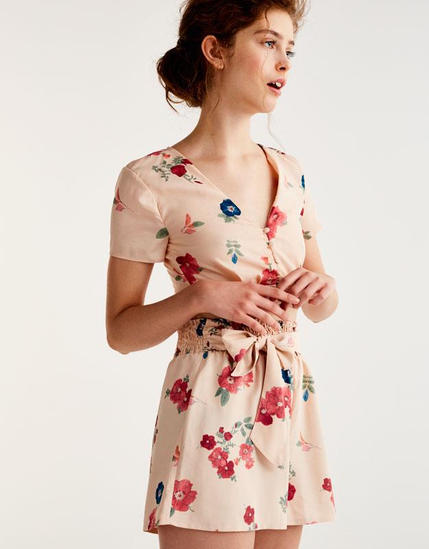 Shorts mit Blumenprint und Schleife