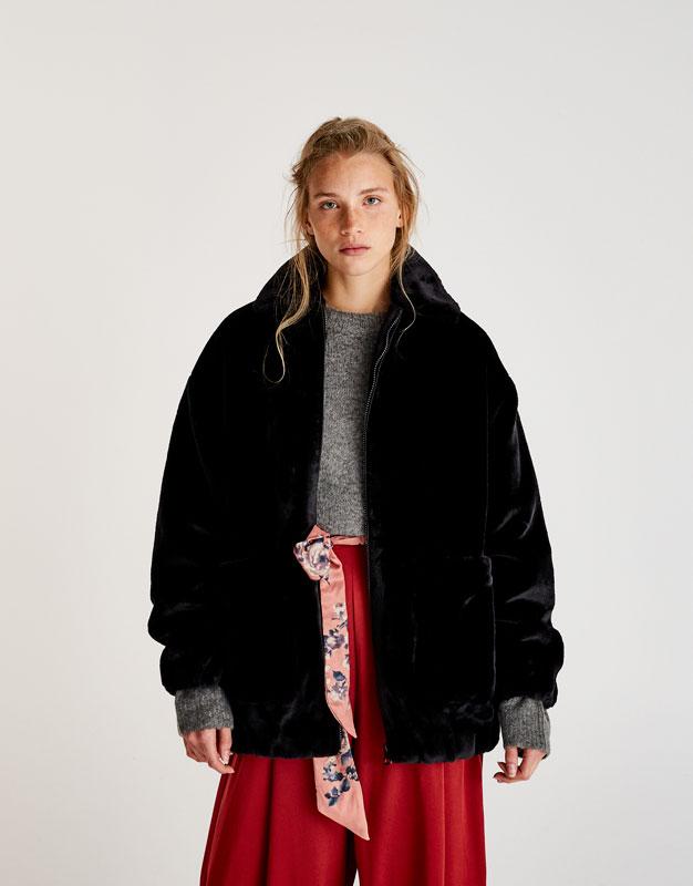 Pull&Bear - femme - vêtements - manteaux et blousons - blouson zippé fausse fourrure oversize - noir - 09715343-I2017