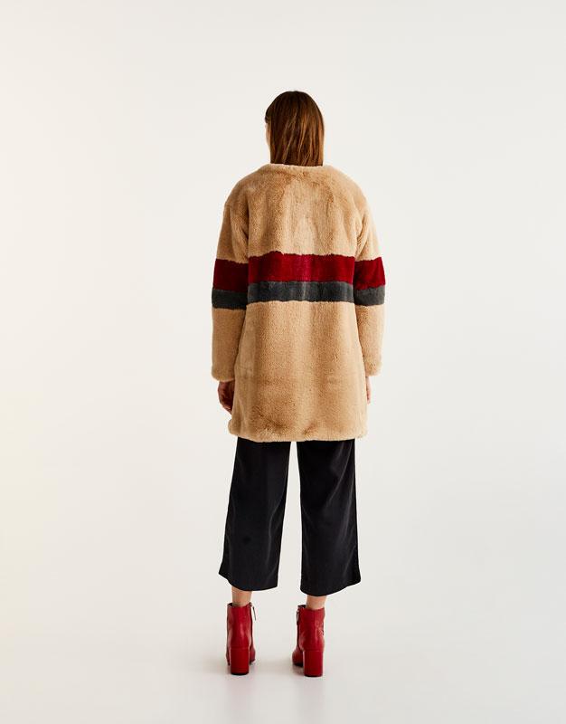 Manteau long fausse fourrure