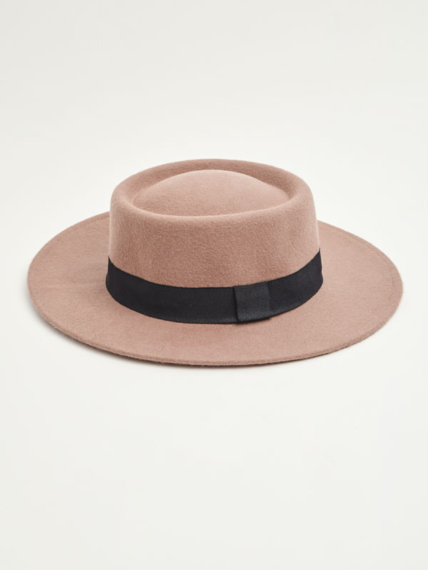 Hat with band