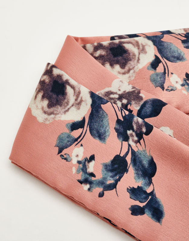 Floral scarf with a bow