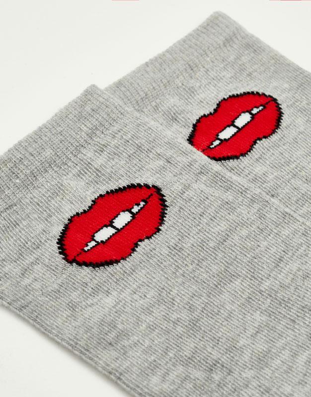 Calcetín labios