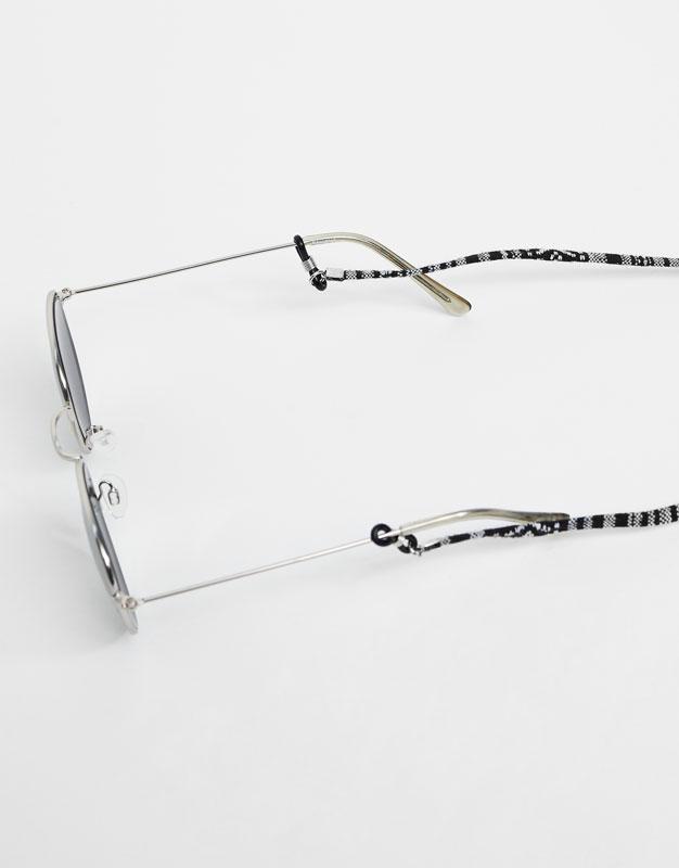 Cordón gafas blanco y negro