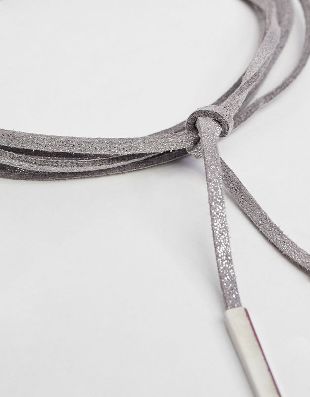 Metallic cord necklace