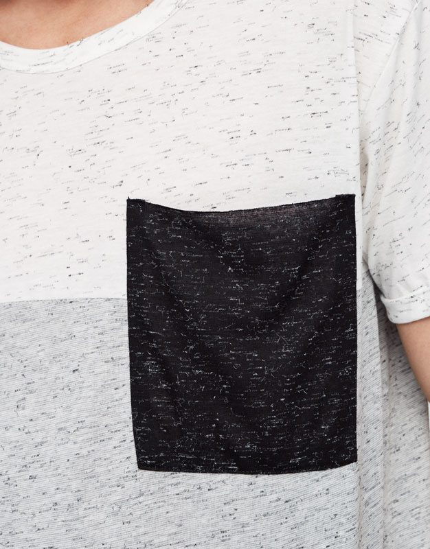 Panels t-shirt with pocket