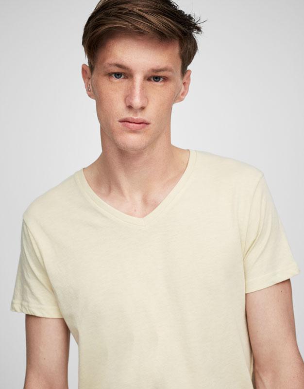 Basic V-neck summer T-shirt