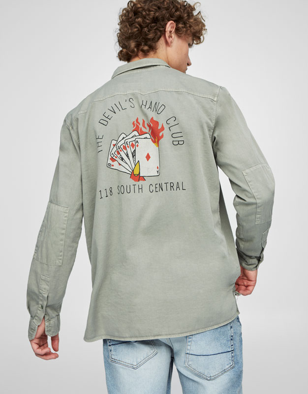 Overshirt with a royal flush print on the back
