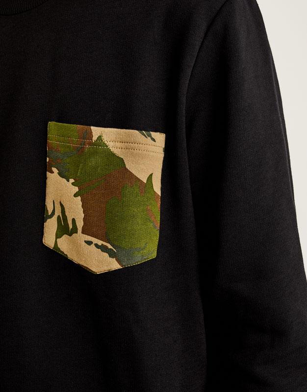 Sudadera bolsillo camuflaje