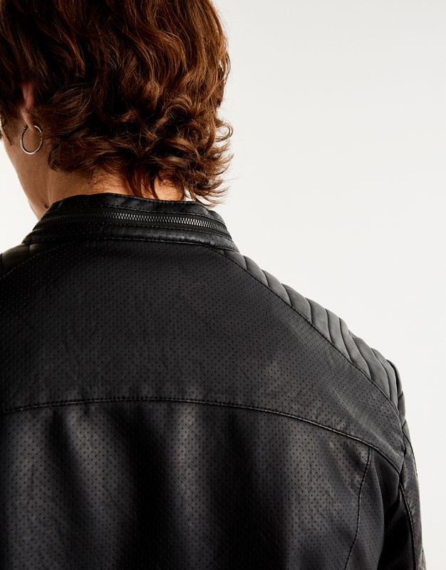 Biker jacket with gussets