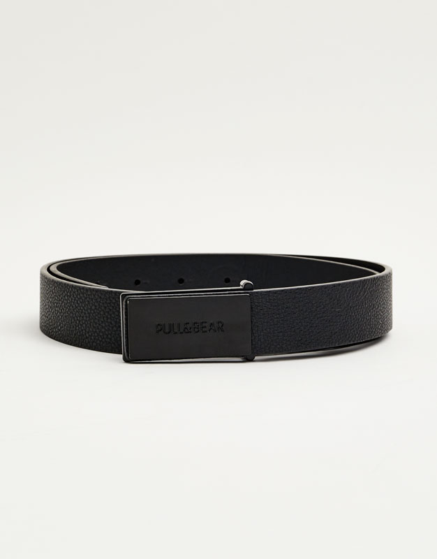 Belt with metal plate buckle
