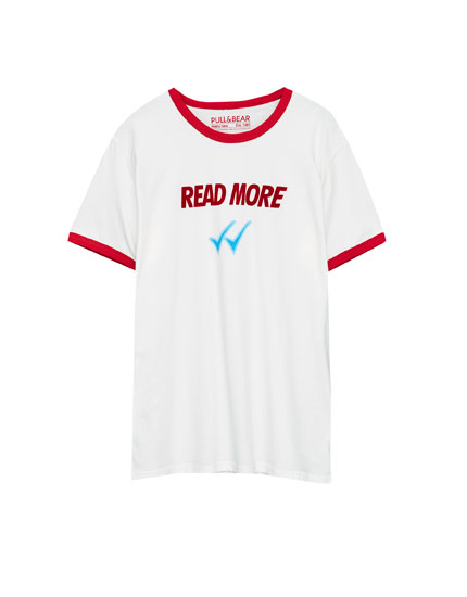 Slogan T-shirt with contrasting collar and sleeves