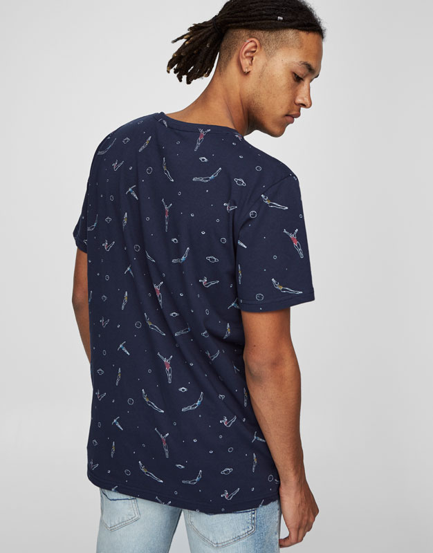 T-shirt with all over swimmers print