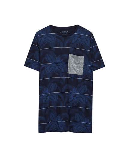 All-over print T-shirt with contrasting pocket