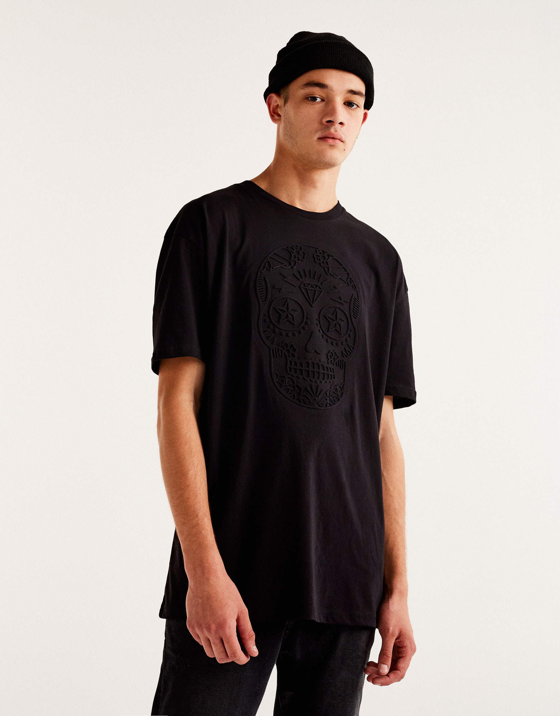 T-shirt with embossed skull