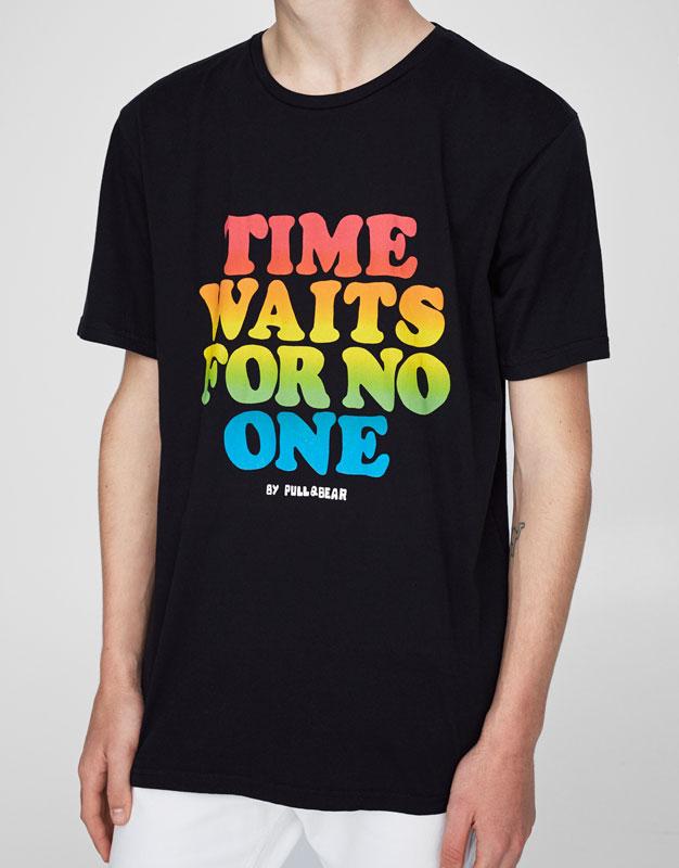 T-shirt imprimé message