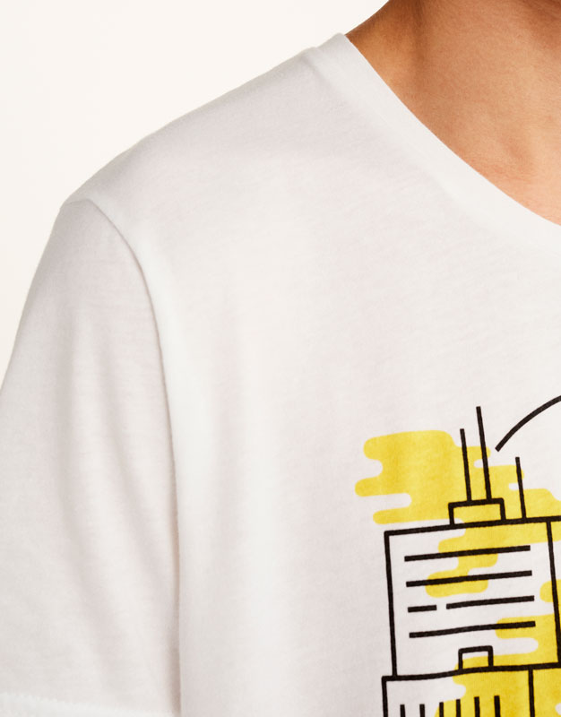 T-shirt with buildings print