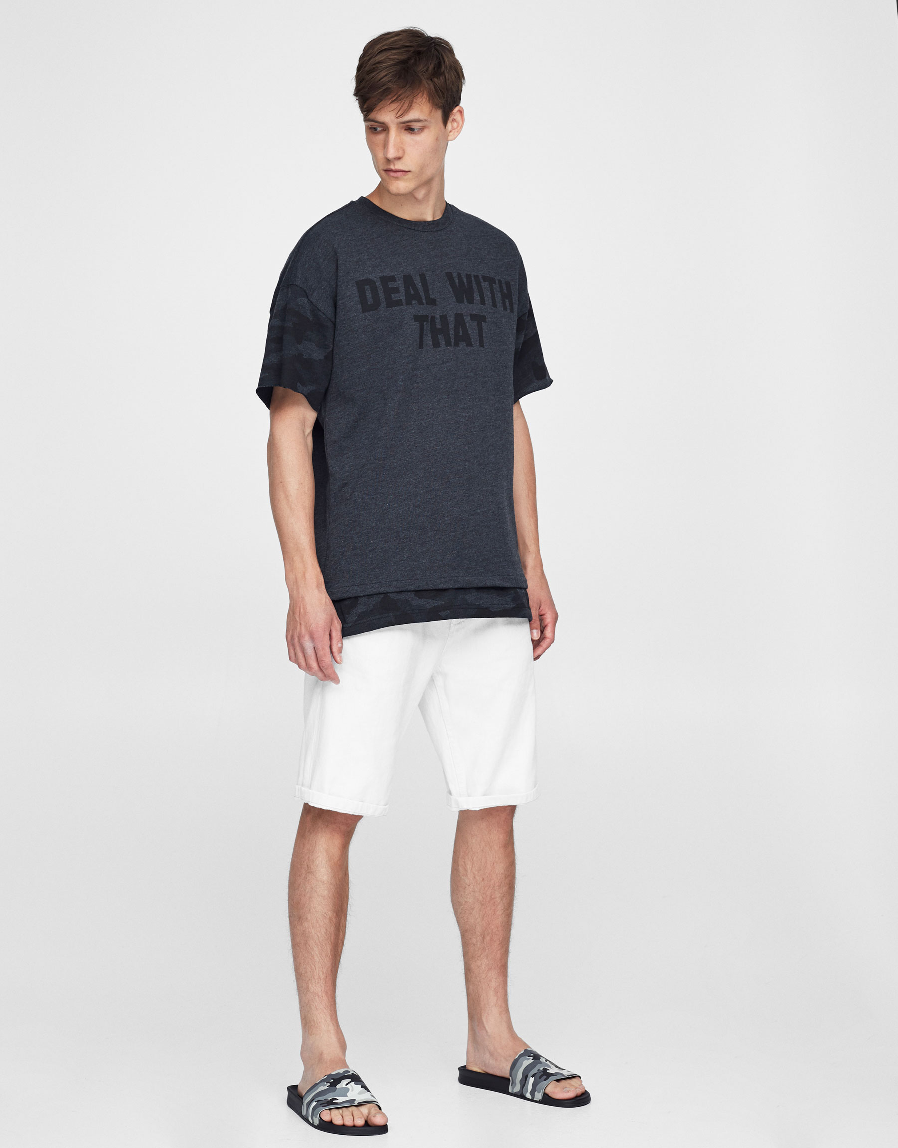 Sweatshirt-style camouflage T-shirt
