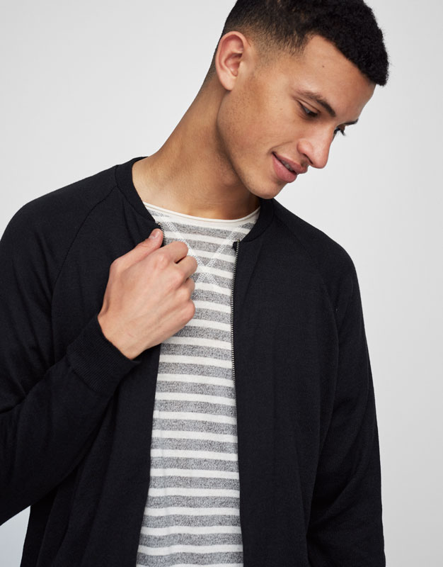 Bomber jacket with contrasting zip