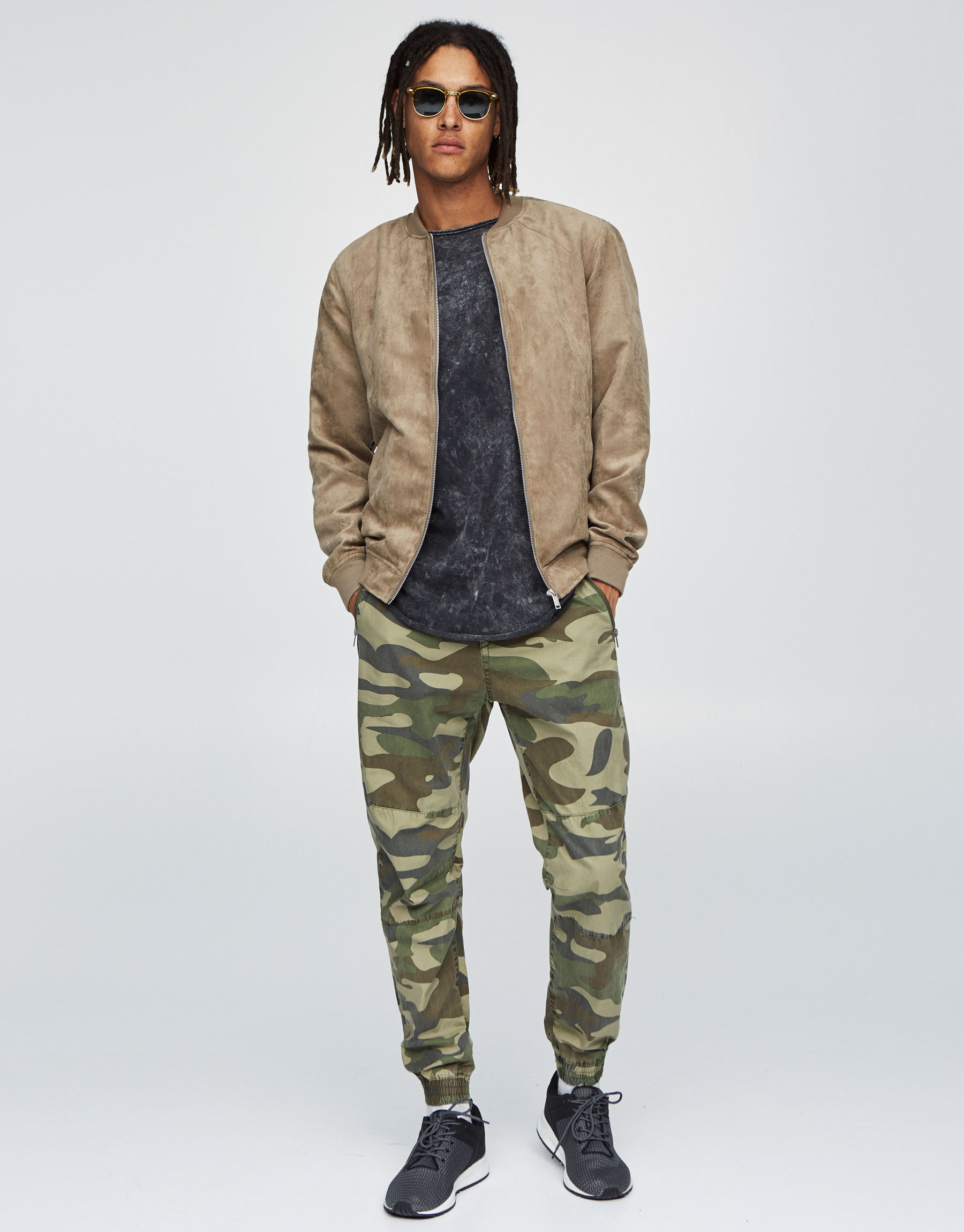 Camouflage beach trousers with zips