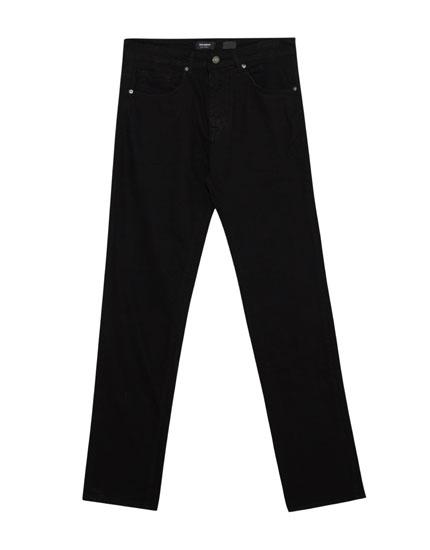Regular fit elastic trousers