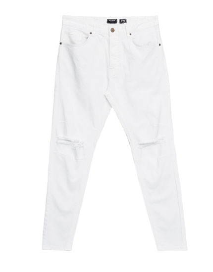 White carrot fit jeans