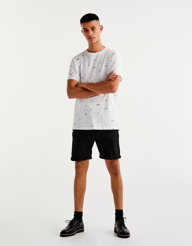 Ripped bermuda shorts with 5 pockets