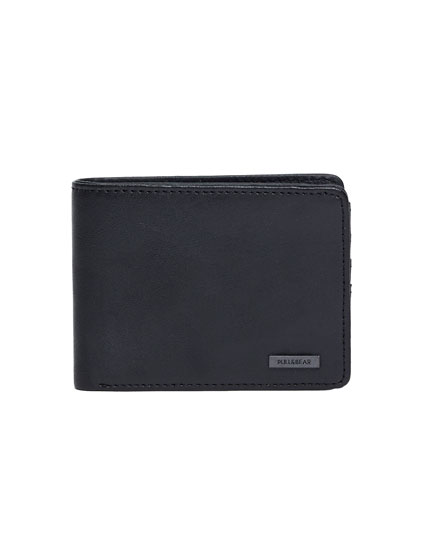 Basic black wallet
