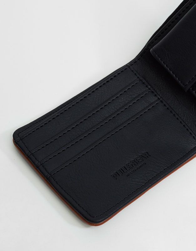 Perforated black wallet