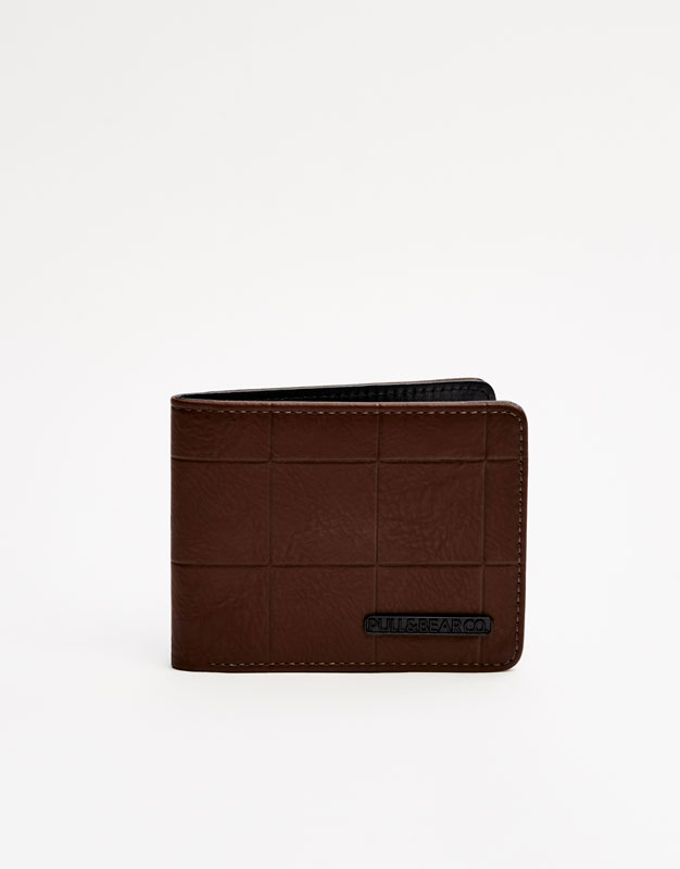 Checked textured wallet