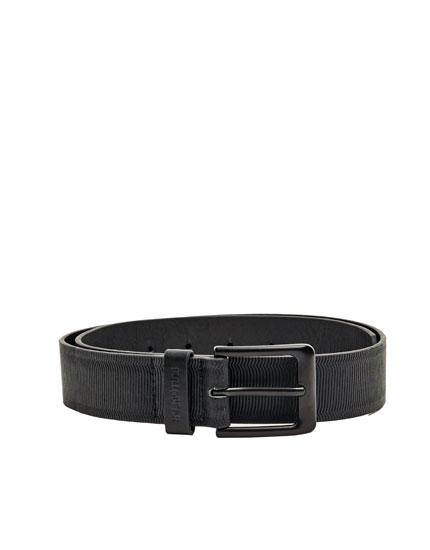 Cinturó negre gravat