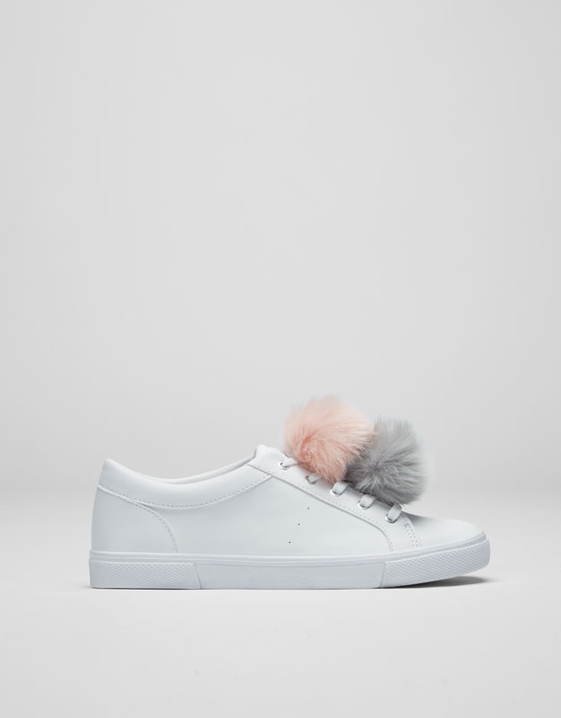 Pompons sneakers