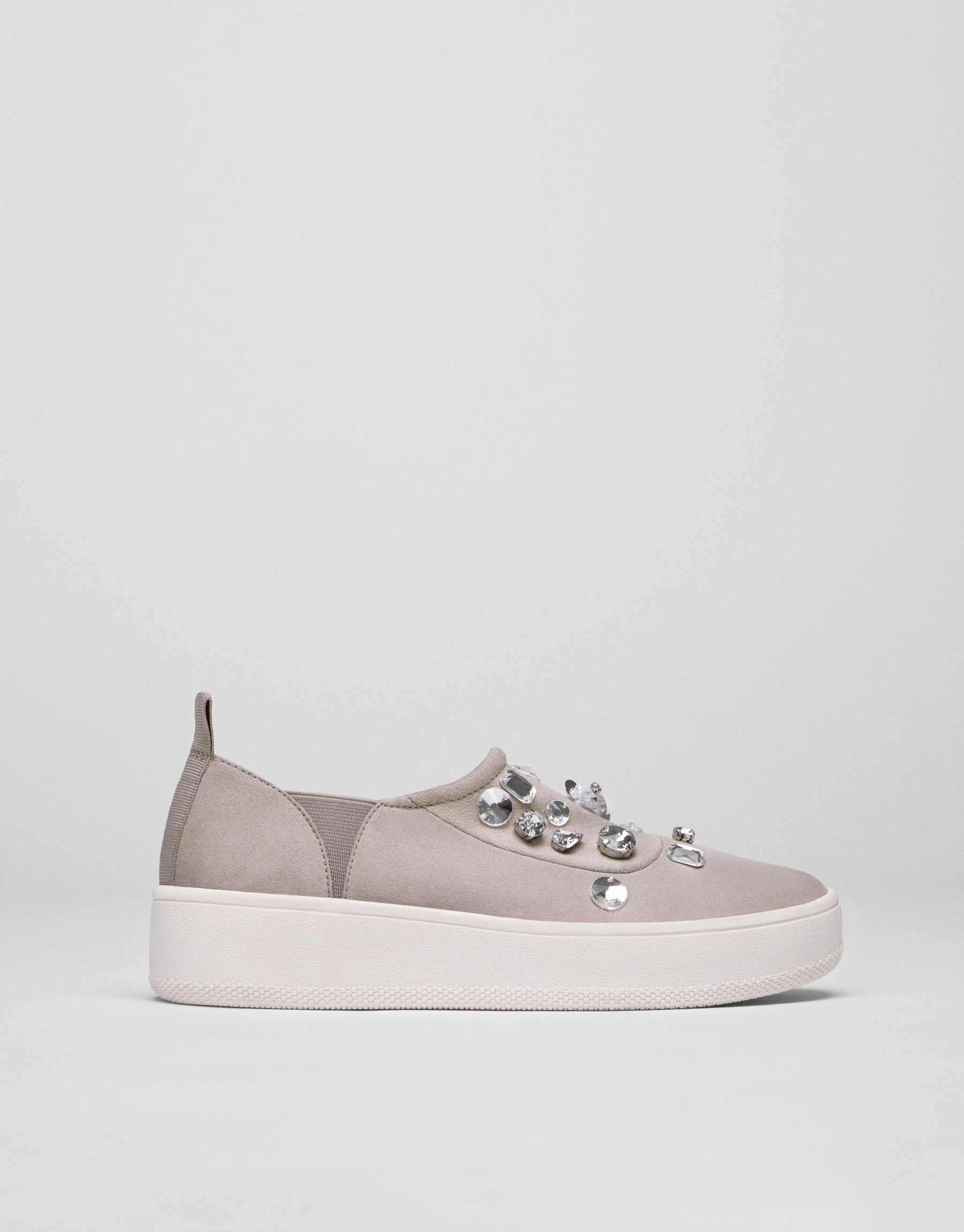 Sport sneakers with gem details