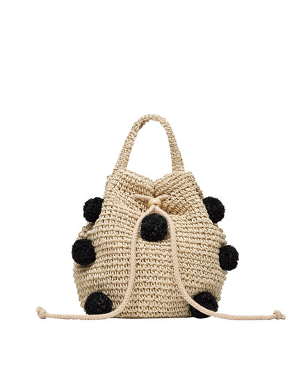 Pompoms raffia bucket bag