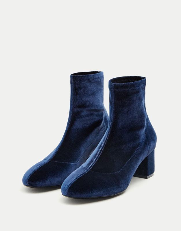 Pull&Bear - femme - vêtements - favoris des soldes - bottine chaussette velours - bleu marine - 15245211-I2017