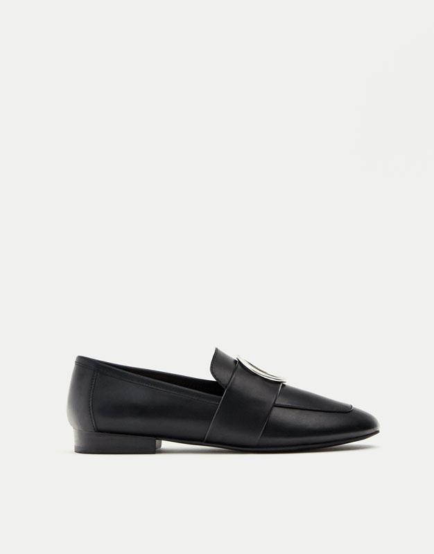 Loafer com argola