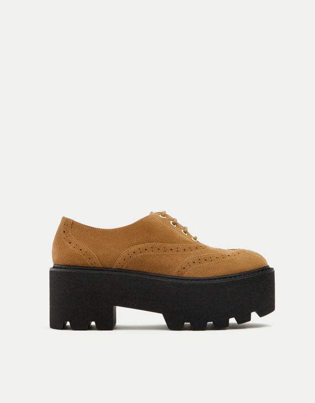 Zapato inglés picados