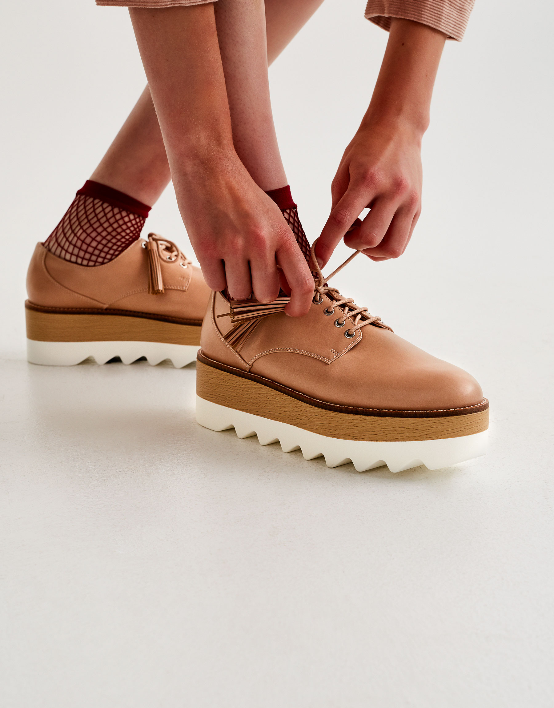 Lace-up platform brogues