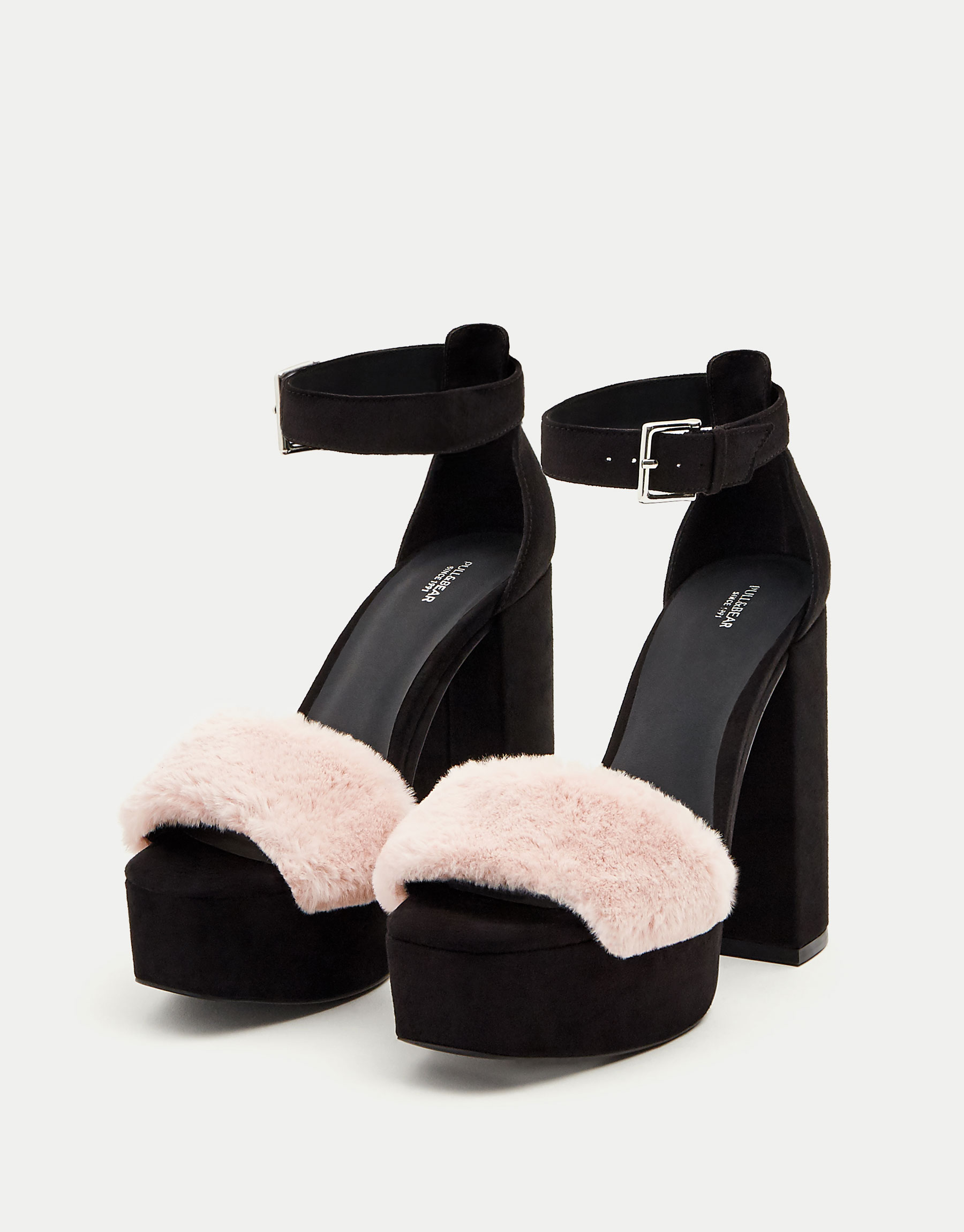 High heel sandals with faux fur