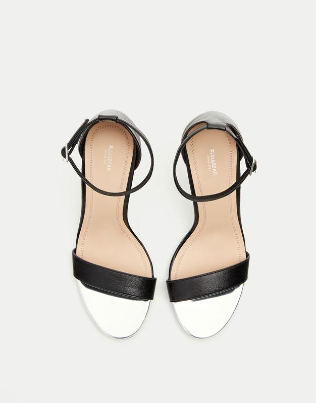 Sandalia tacón pulsera