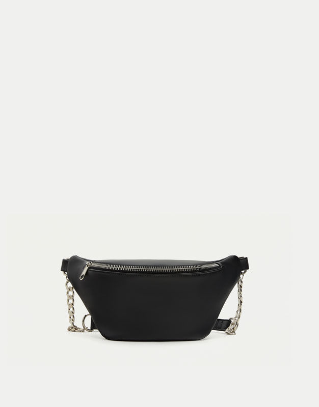 Urban belt bag with chain