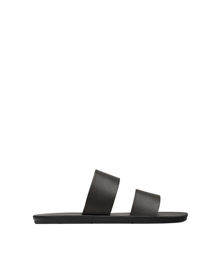 Double strap vamp sandals