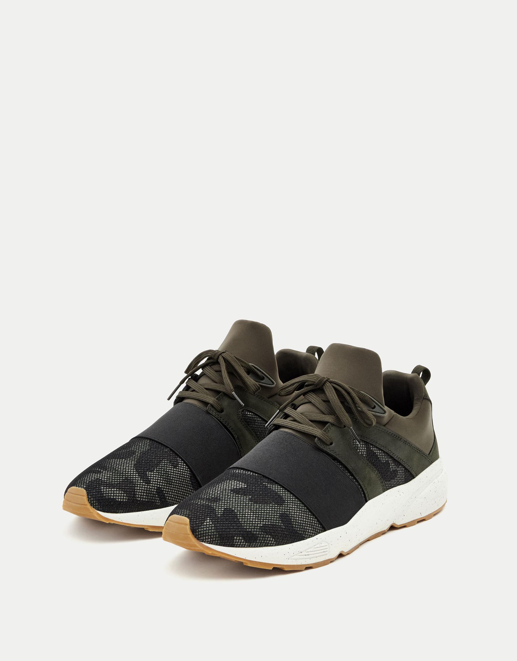 Elastic camouflage print sneakers