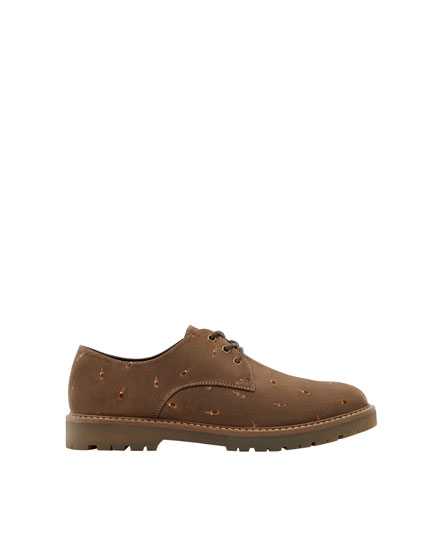 Brown embellished brogues