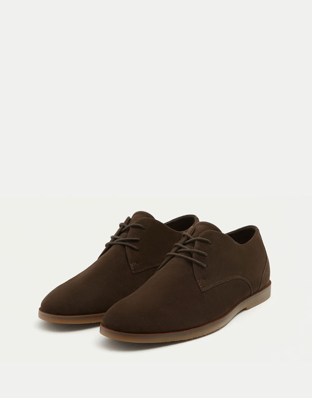 Slim brown shoes