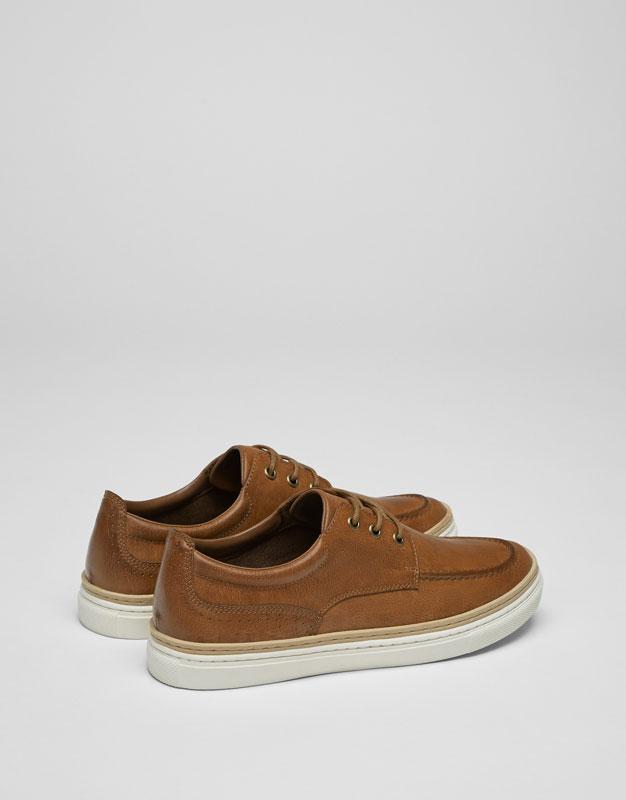 Zapato bordón cerco cámel