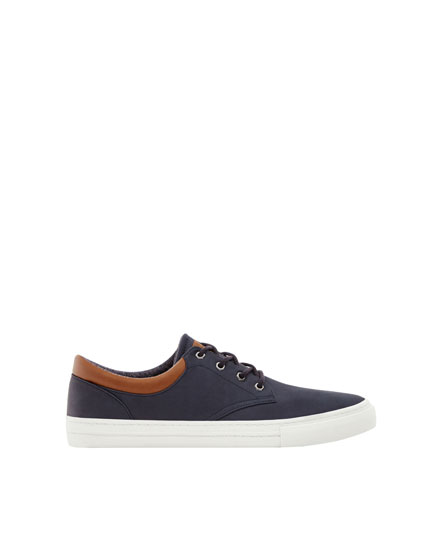 Smart plimsolls with ankle detail