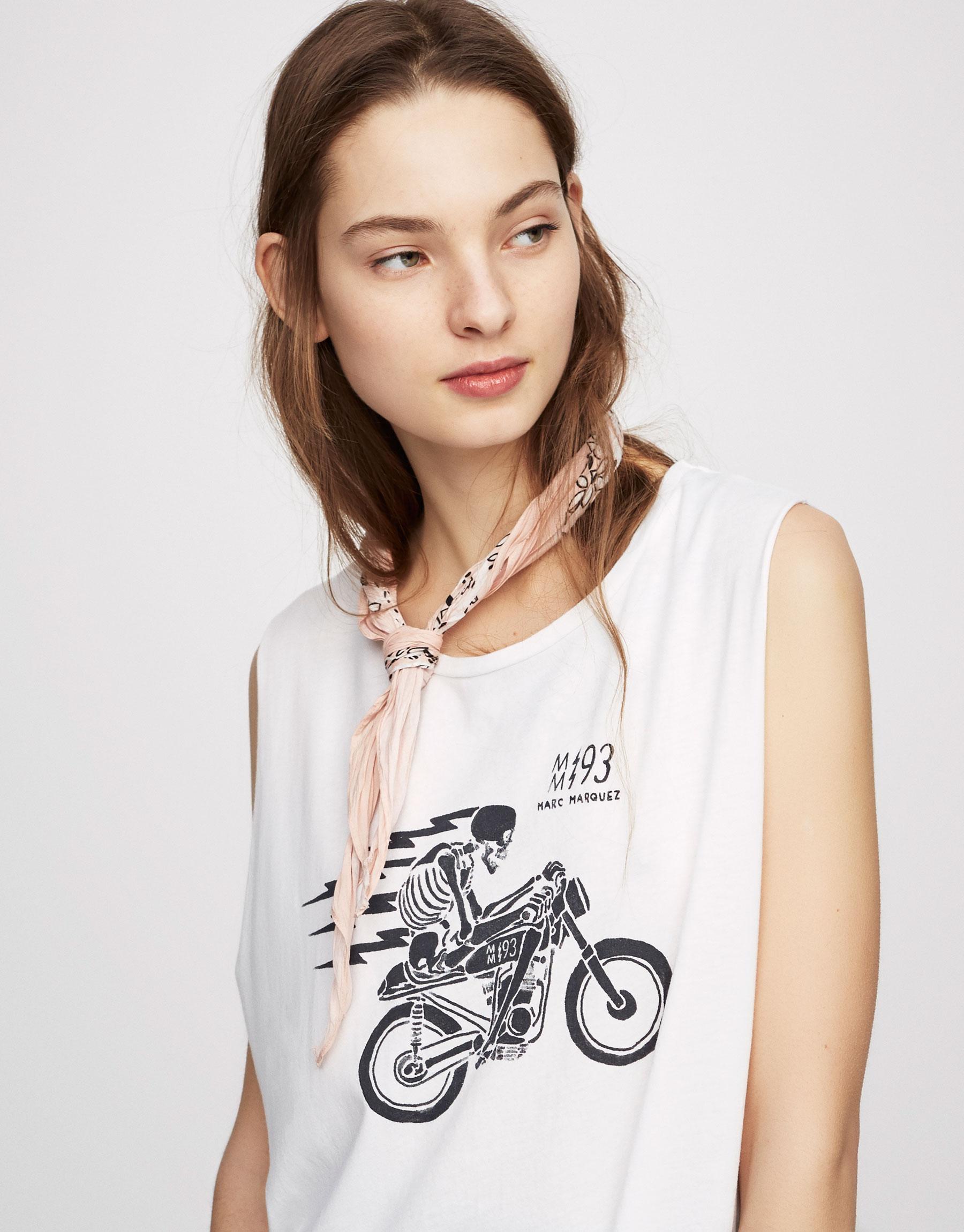 T-shirt com gráfico de moto (Coleção Marc Márquez)