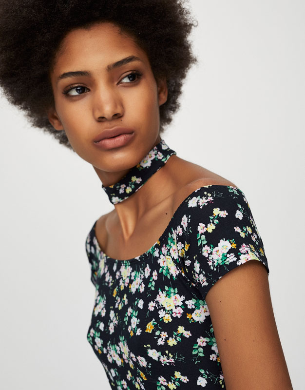 Floral top with choker collar