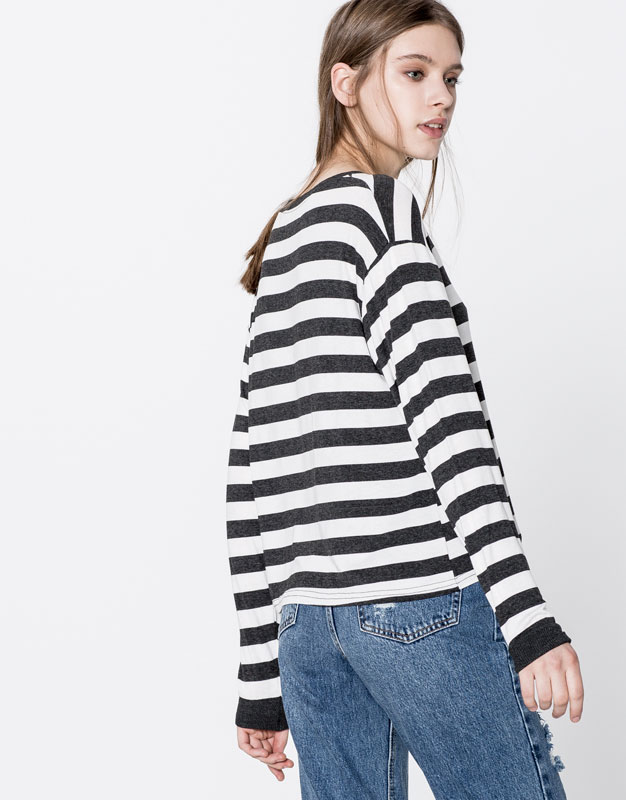 Long-sleeve striped piped top
