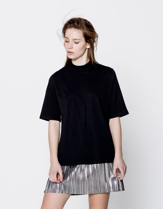 High neck basic T-shirt